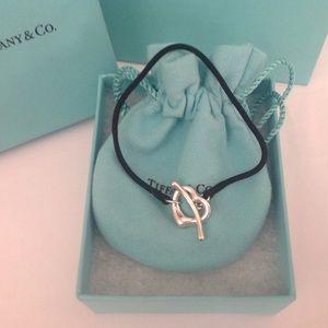 SALE🌸Tiffany & Co. Open Heart Silk Bracelet